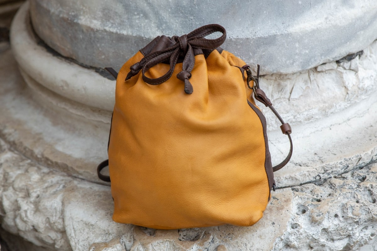 "Bucket Leather Bag Shop by Venezia Autentica - Shop by Venezia Autentica - Marvelous handmade soft leather bag, entirely handstitched in Venice, Italy, by a master artisan. This ""bucket"" bag is unique, high-quality, and customizable!"